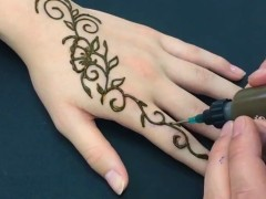 4 trendi hennafestés, amivel hódíthatsz a fesztiválokon