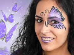 Így fess meg egy varázslatos lepkés mintát [Fél Pillangó arcfestés Lépésről lépésre]